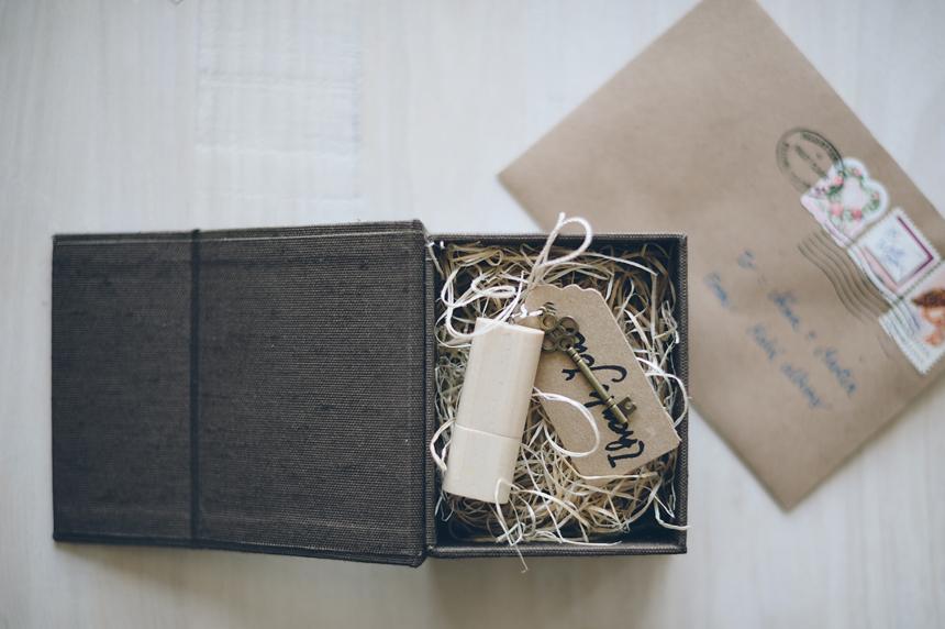 009_IN1_2946_Kala_albums_handmade_fineart_wedding_albums_books_boxes_ivanovak