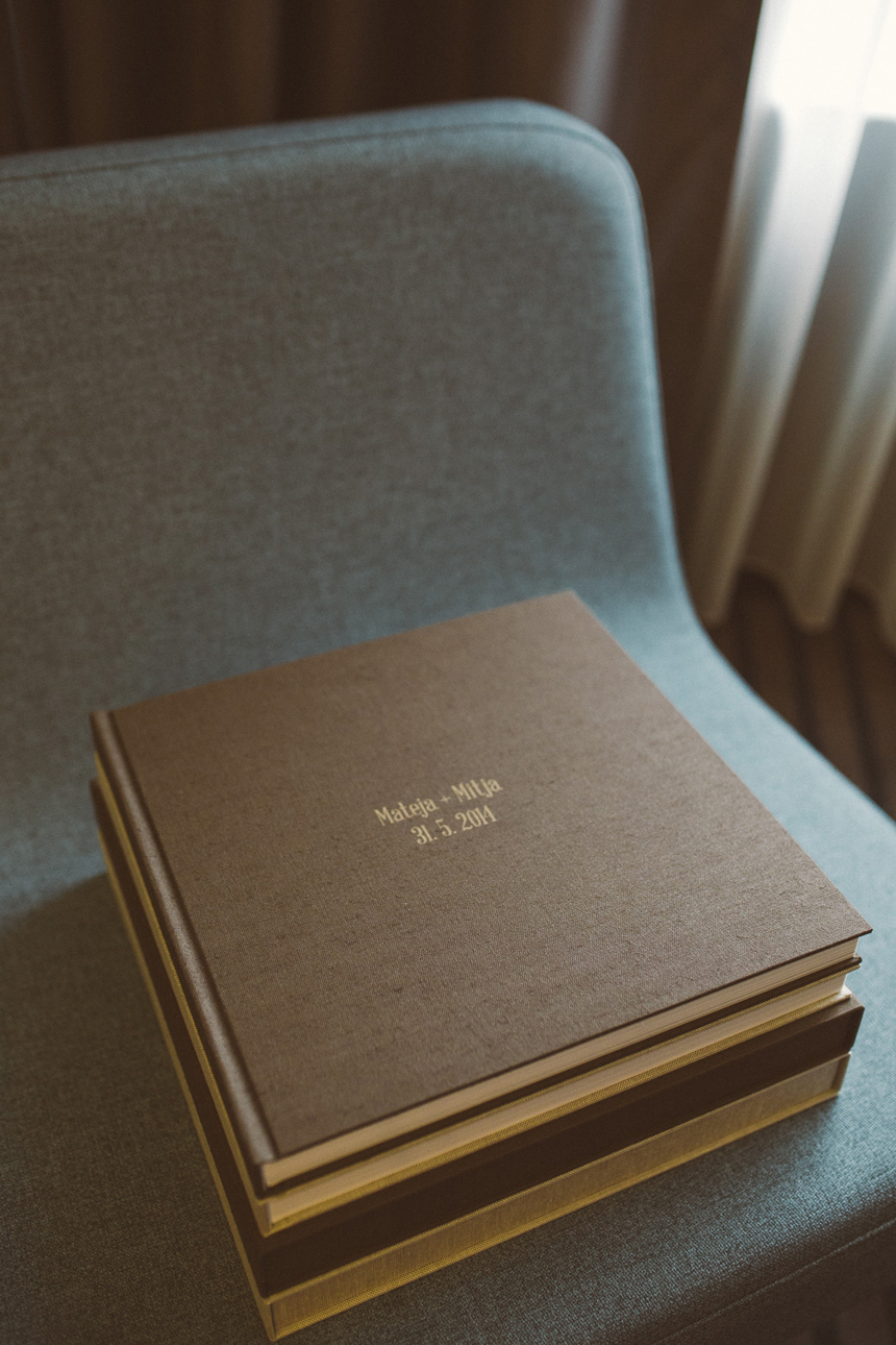 06a_Kala_albums_fineart_wedding_books_Europe_photos_by_MATJAZ_OCKO